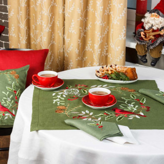 Салфетка на стол центральная Merry Christmas 65*65см (зеленый лён)