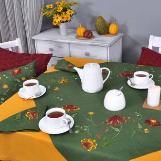 Набор столовый Хризантемы: центральная салфетка 90*90см и 4 салфетки 40*40см (зеленый лен)