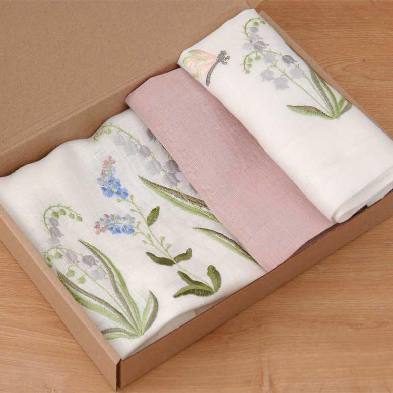 Набір столовий КОНВАЛІЯ 90*40 та 4 серветки (білий та рожевий льон)