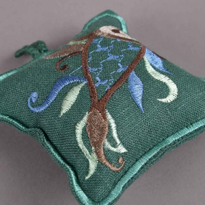 Подушечка для иголок РЫБКА (зеленый лен)